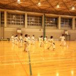 毎週金曜日に別府市立別府中央小学校の体育館にて行われる、北部エリアの合同稽古の様子をお伝えいたします。